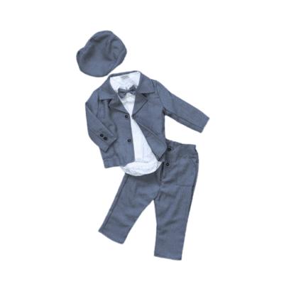 Krsno odijelo – sivo